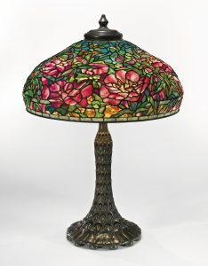 TIFFANY-TABLE-LAMP