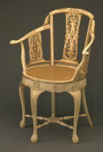 talla marfil silla
